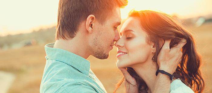 Amour, couple, rencontres sur Avigora